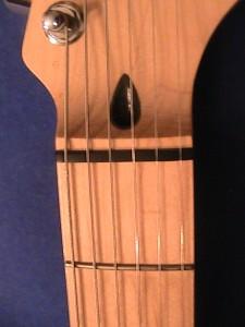 fender-style-truss-rod